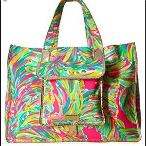 Lilly Pulitzer Shady Lady Foldable Beach ToteNWT